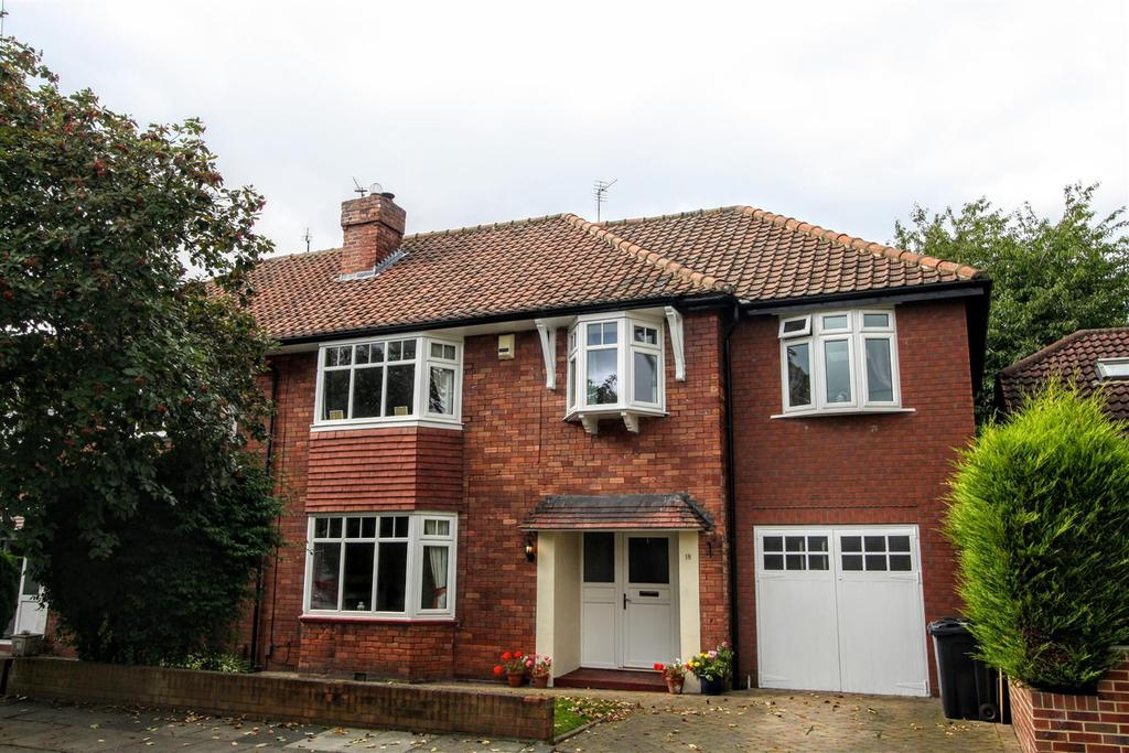 4 Bedrooms Semi Detached House for sale in Woodvale Road, Darlington