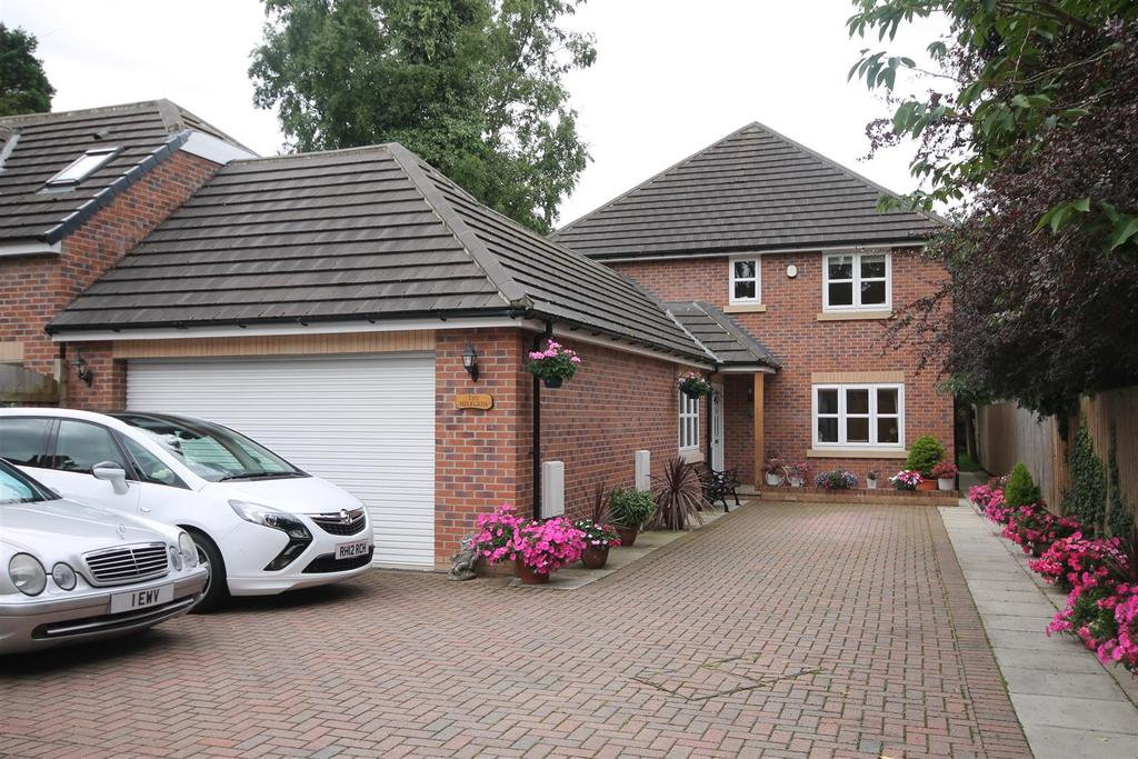 4 Bedrooms Detached House for sale in Pierremont Gardens, Darlington