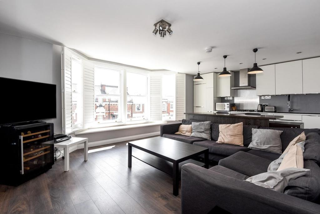 4 Bedrooms Flat for sale in Gondar Mansions, West Hampstead