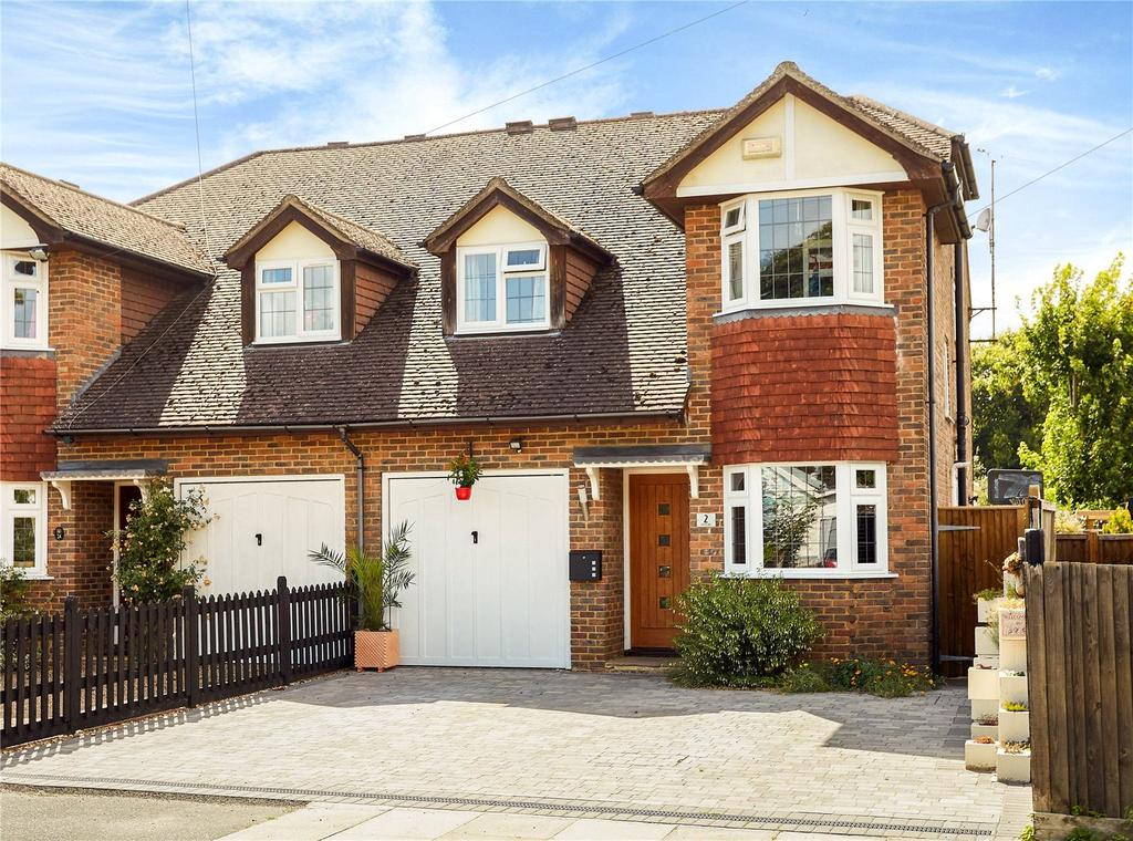 4 Bedrooms Semi Detached House for sale in Robyns Way, Sevenoaks, Kent, TN13