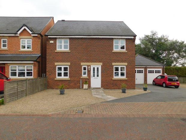 4 Bedrooms Detached House for sale in ST PHILIPS CLOSE, AUCKLAND PARK, BISHOP AUCKLAND
