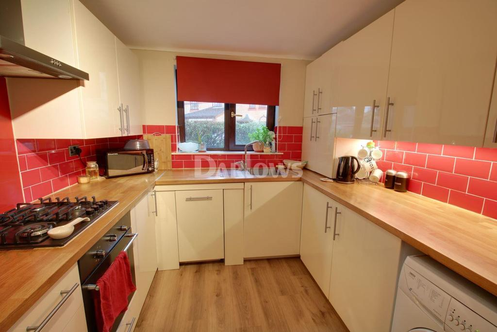 3 Bedrooms End Of Terrace House for sale in Fonthill Place, City Gardens
