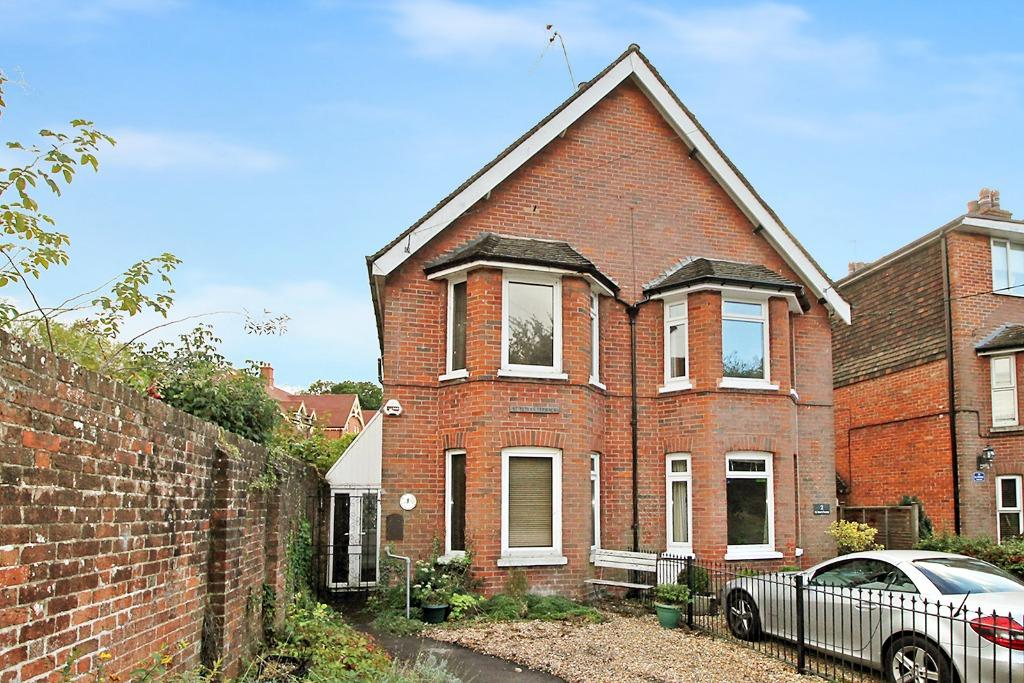 2 Bedrooms Semi Detached House for sale in Coppice Hill, Bishop's Waltham