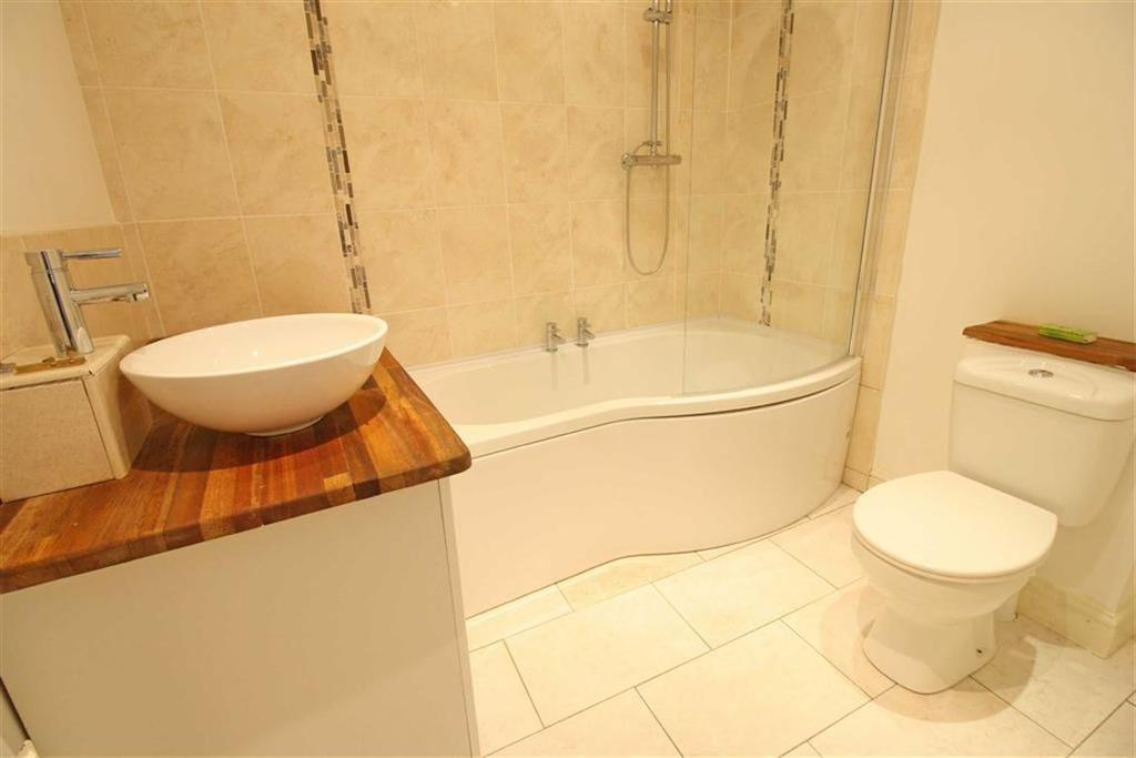 2 Bedrooms Terraced House for sale in Darran Road, Mountain Ash