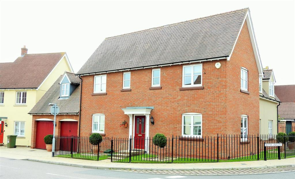 4 Bedrooms Detached House for sale in Elgar Drive, Witham