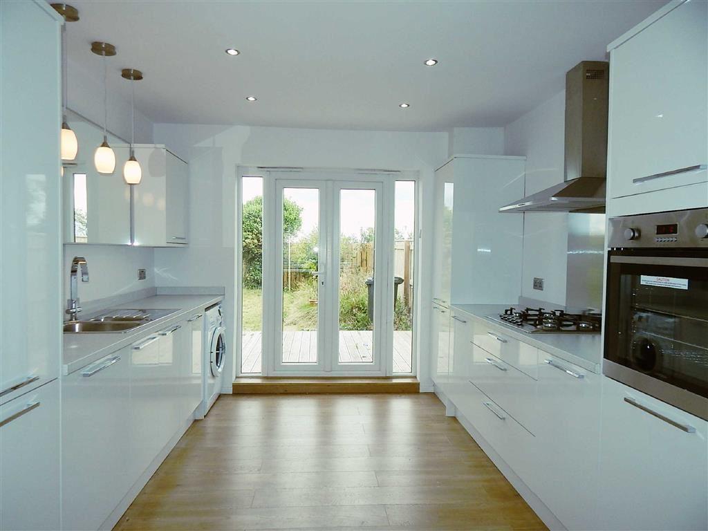 2 Bedrooms Semi Detached Bungalow for sale in Angerton Avenue, Shiremoor, Tyne Wear, NE27