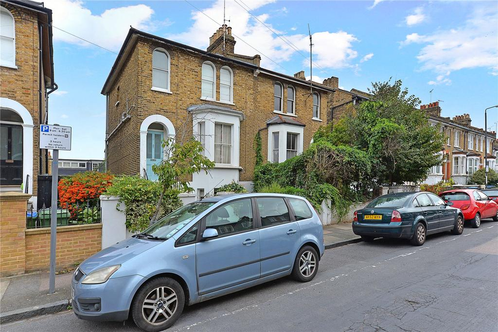3 Bedrooms Semi Detached House for sale in Annandale Road, London