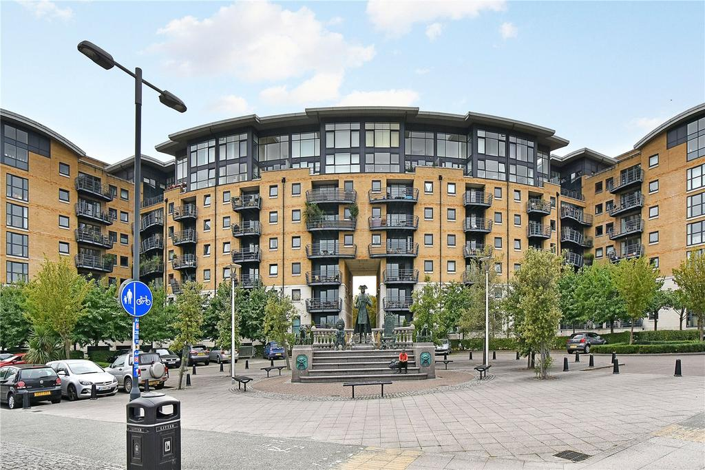 2 Bedrooms Flat for sale in Thistley Court, Glaisher Street, London