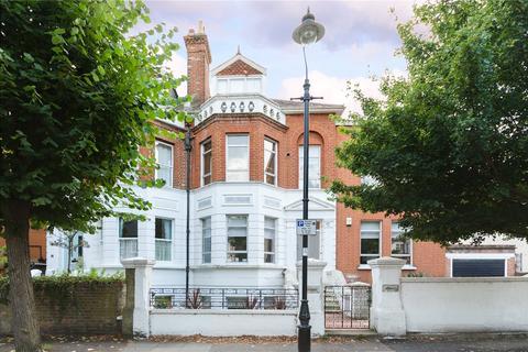 6 bedroom semi-detached house for sale - Avenue Gardens, London, W3