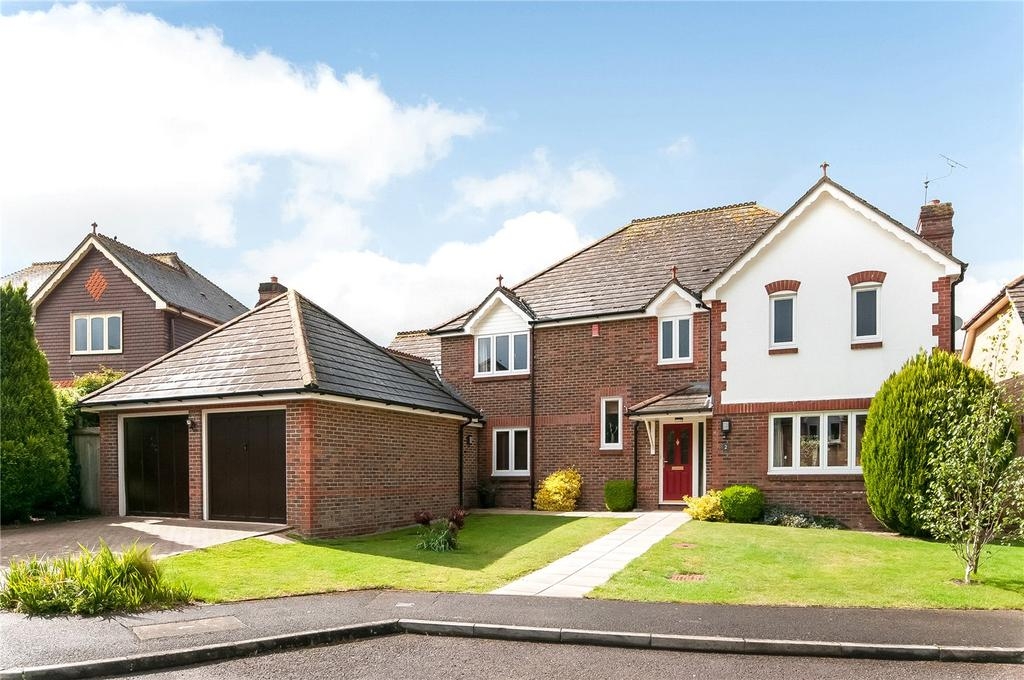 5 Bedrooms Detached House for sale in Pitter Close, Littleton, Winchester, SO22