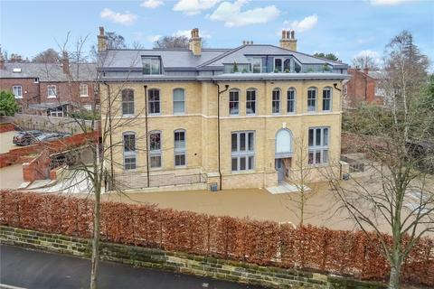 3 bedroom apartment for sale - Cavendish Place, Cavendish Road, Bowdon, WA14