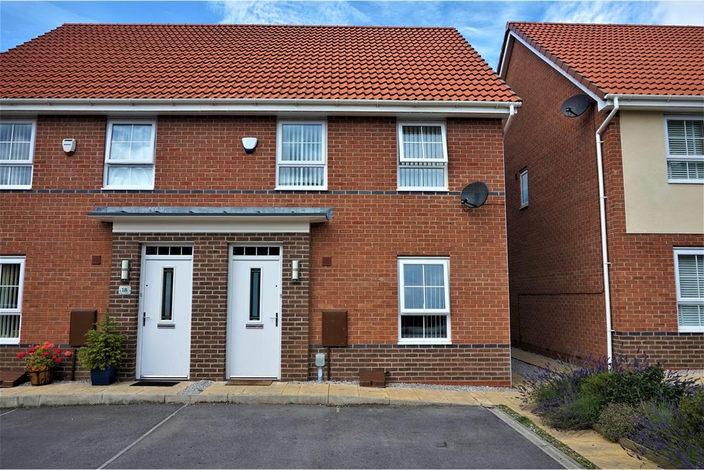 3 Bedrooms Semi Detached House for sale in Providence Crescent, Hull HU4