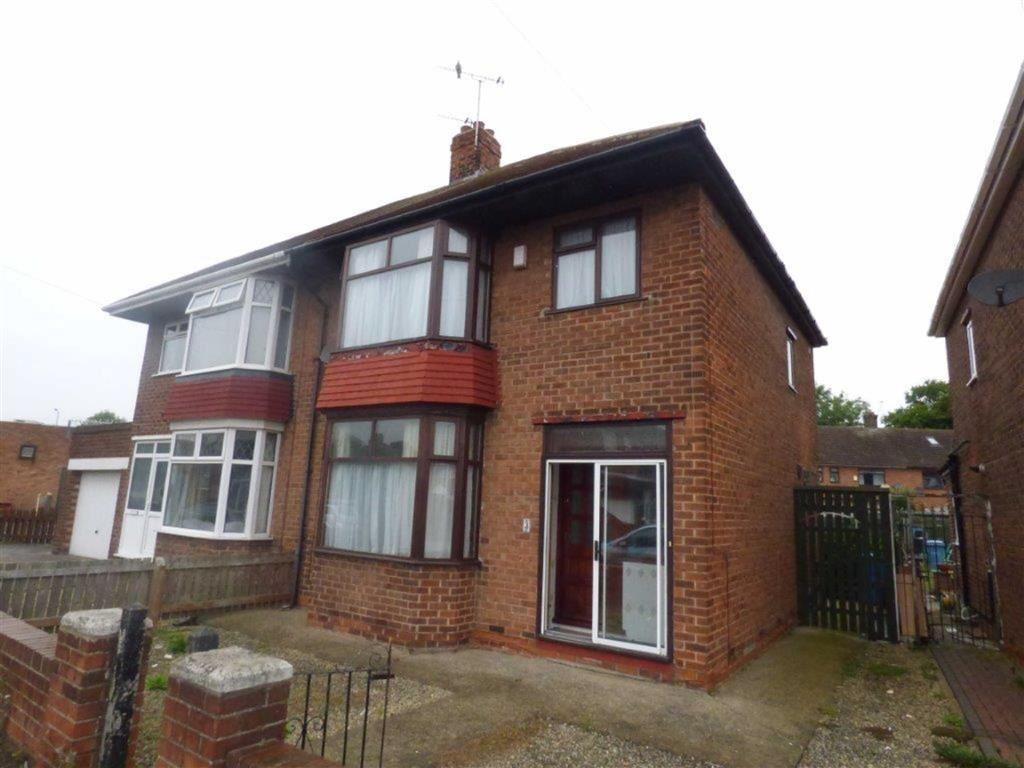 3 Bedrooms Semi Detached House for sale in Sutton House Road, Hull, East Yorkshire, HU8