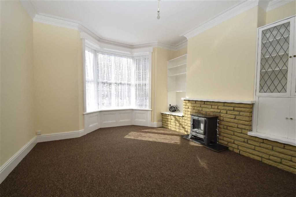 3 Bedrooms Terraced House for sale in Candler Street, Scarborough, North Yorkshire, YO12