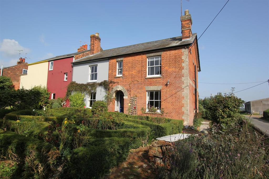 3 Bedrooms Cottage House for sale in Woodham Walter, Maldon