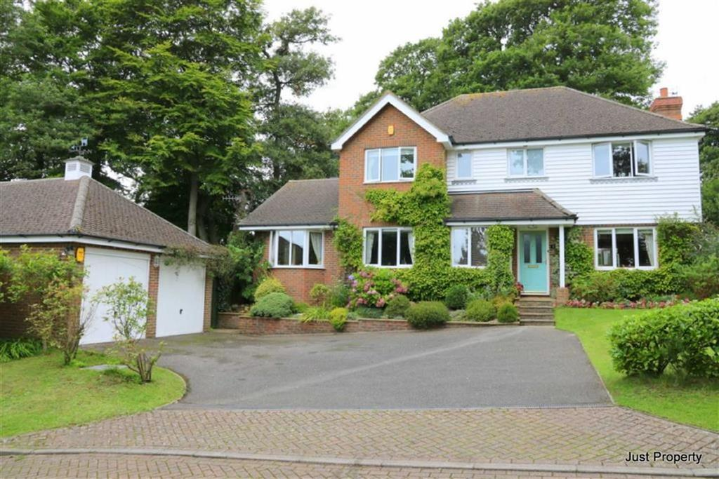 4 Bedrooms Detached House for sale in Pilgrims Way, Hastings