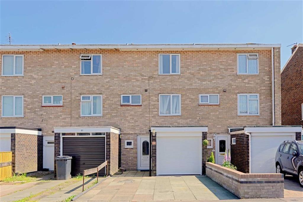 3 Bedrooms Terraced House for sale in Stephenson Drive, Shrewsbury