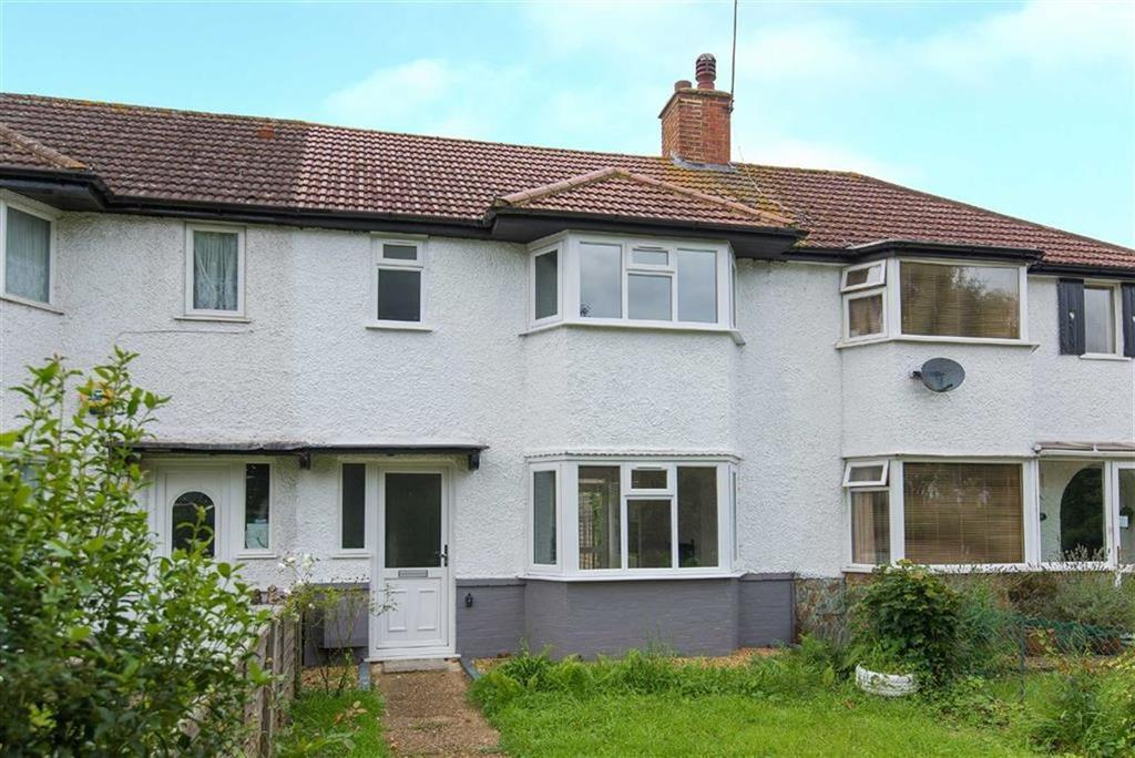3 Bedrooms Terraced House for sale in Trevor Gardens, Ruislip Gardens, Middlesex