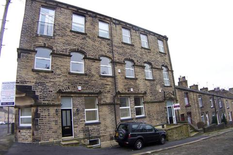 2 bedroom apartment to rent - Browning Heights, Browning Avenue, Siddal, Halifax, HX3