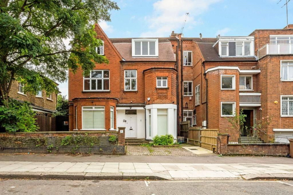 2 Bedrooms Flat for sale in Platt's Lane, Hampstead, London, NW3