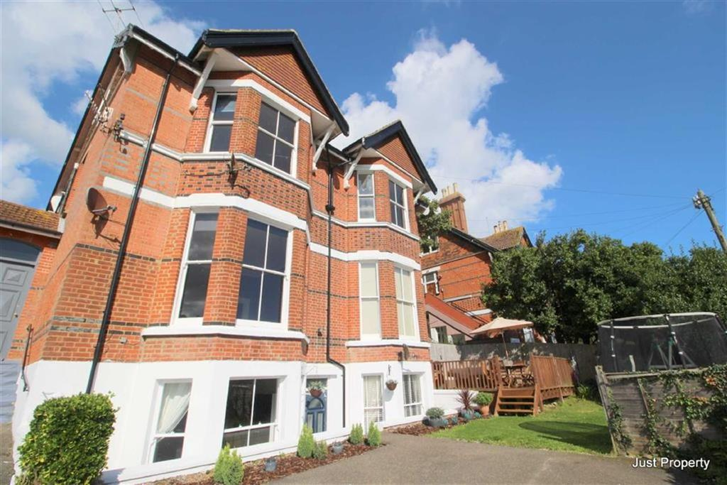 4 Bedrooms Apartment Flat for sale in Dudley Road, Hastings