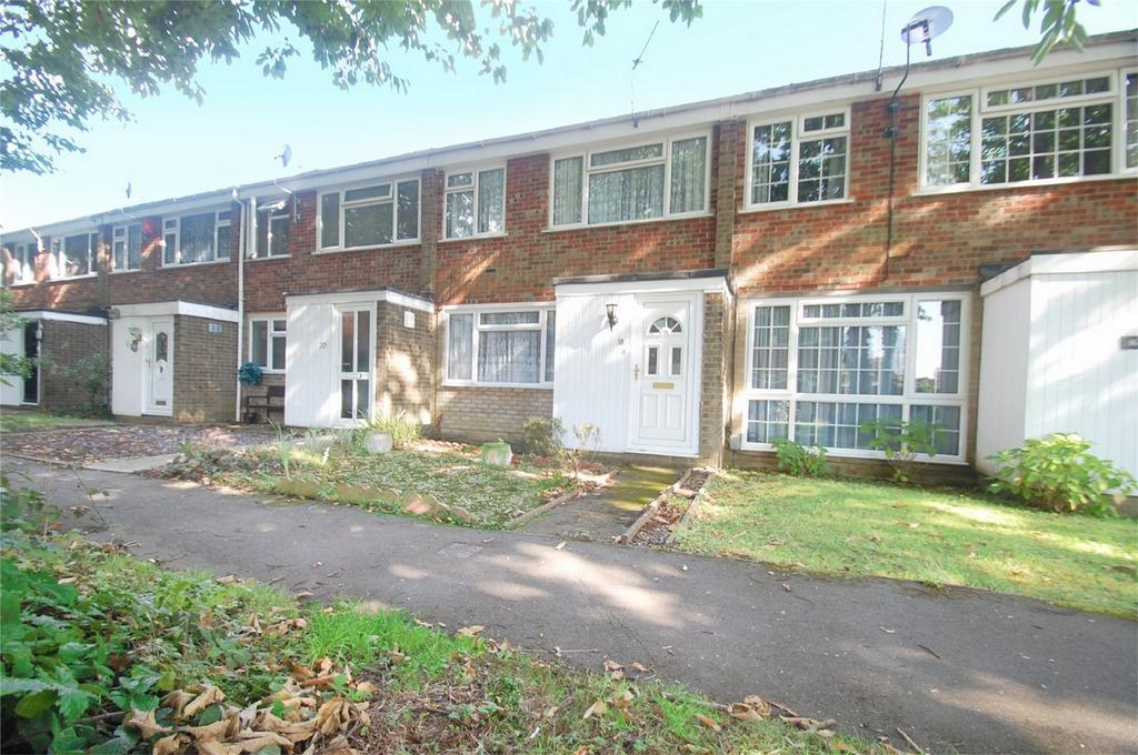3 Bedrooms Terraced House for sale in Lime Court, Rainham, Kent