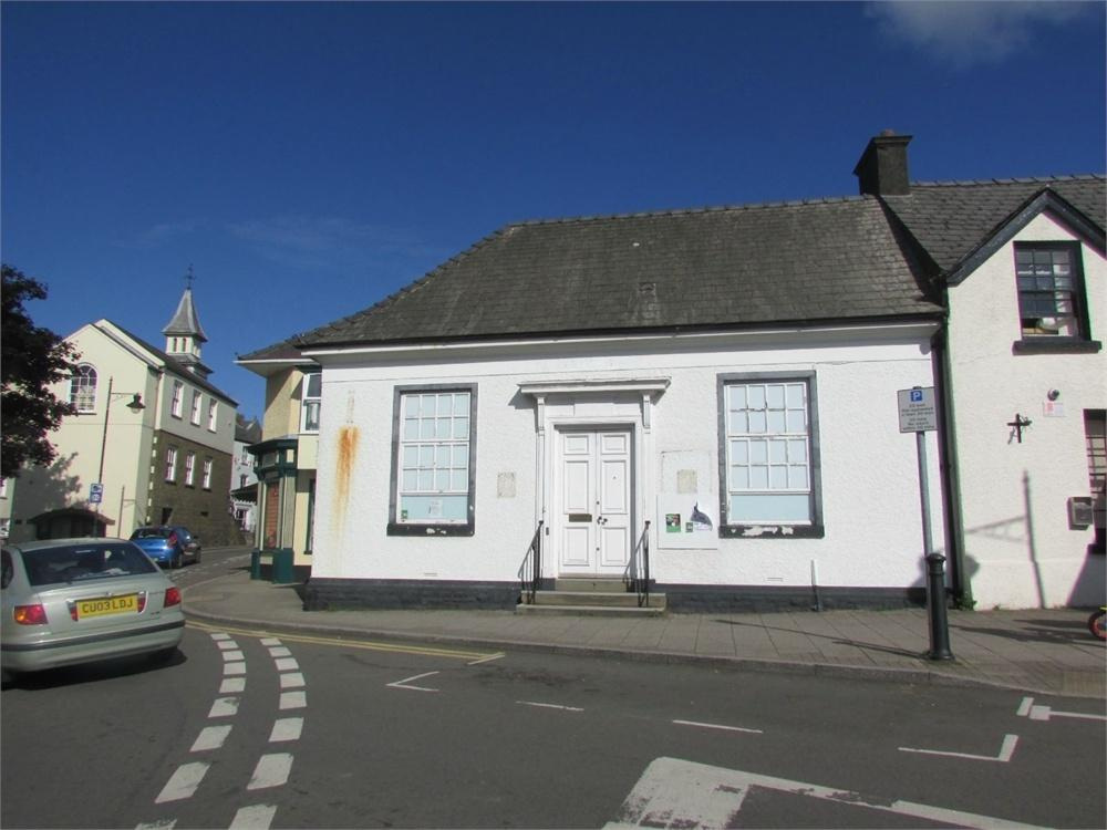 End Of Terrace House for rent in Market Square, Narberth, Pembrokeshire