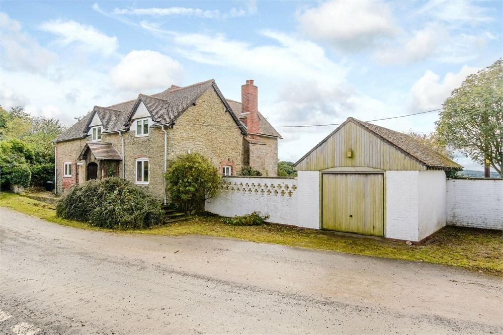 3 Bedrooms Detached House for sale in Perton, Stoke Edith, Herefordshire