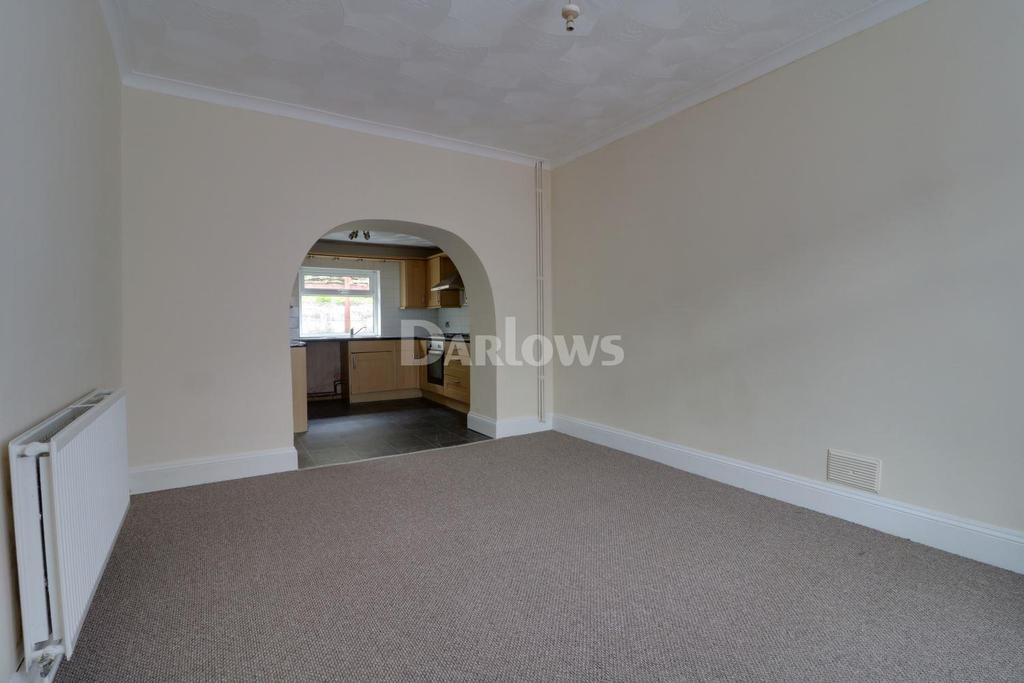 3 Bedrooms Semi Detached House for sale in Edmondstown Rd, Tonypandy