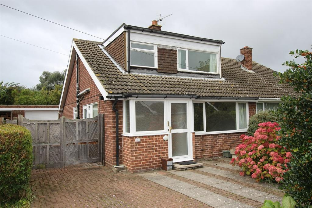 3 Bedrooms Chalet House for sale in Rooktree Way, Haynes, Bedford
