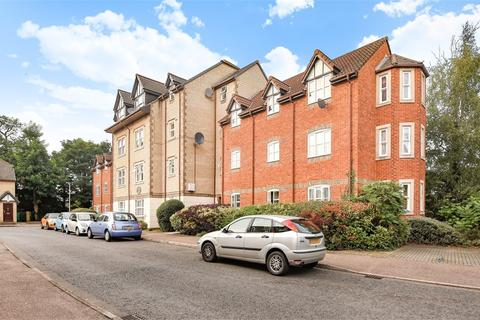 2 bedroom flat for sale - Sherwood House, Rembrandt Way, Reading, Berkshire