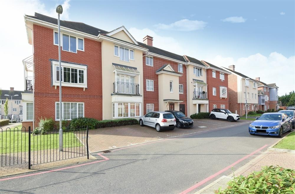 1 Bedroom Flat for sale in Highbridge House, 14 Wren Lane, Ruislip, Greater London