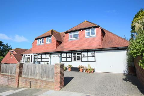 6 bedroom detached bungalow for sale - Brownleaf Road, Woodingdean, Brighton