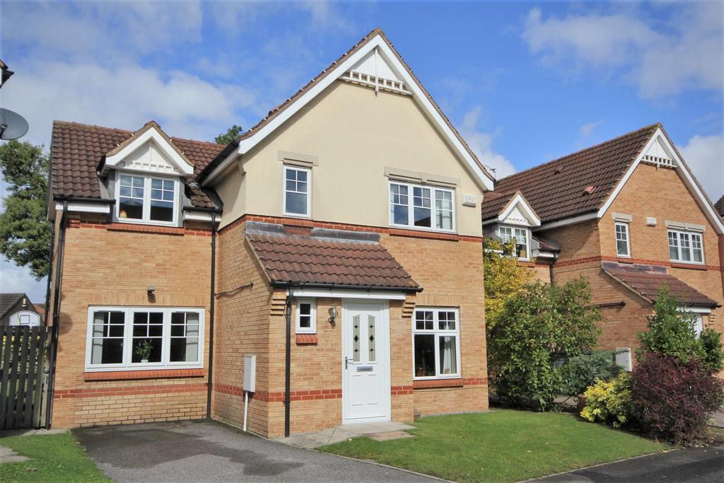 3 Bedrooms Detached House for sale in Redbarn Drive, Osbaldwick, York, YO10