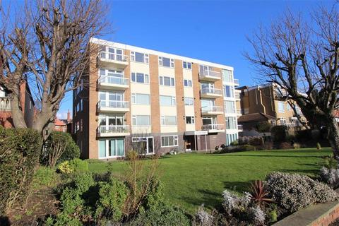 3 bedroom apartment for sale - Clifton Drive South, Lytham St Annes, Lancashire