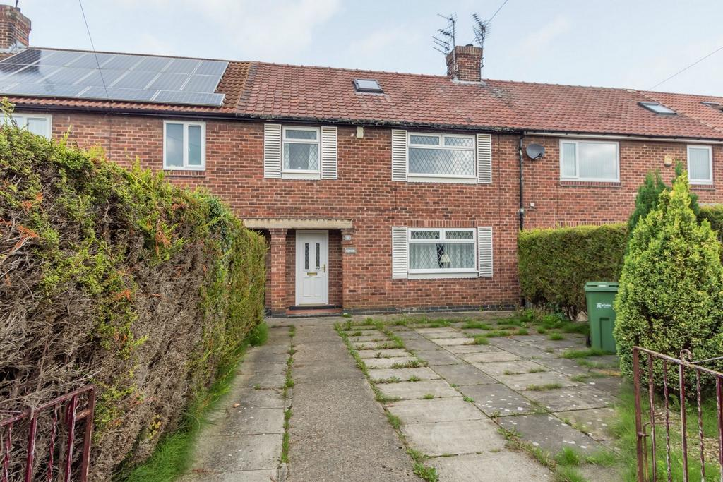4 Bedrooms Terraced House for sale in Cornlands Road, Acomb, YORK