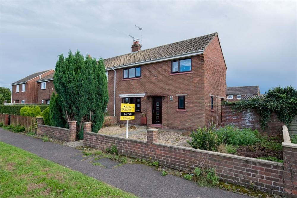 3 Bedrooms Semi Detached House for sale in Woad Farm Road, Boston, Lincolnshire