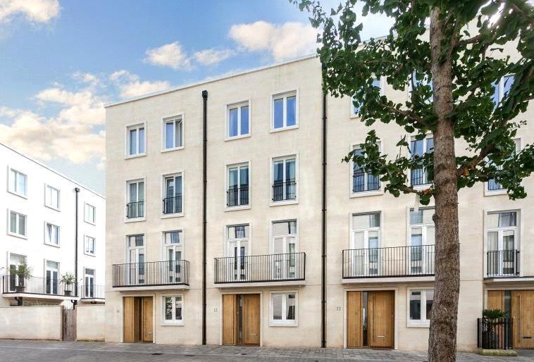4 Bedrooms Terraced House for sale in Percy Terrace, Bath, BA2