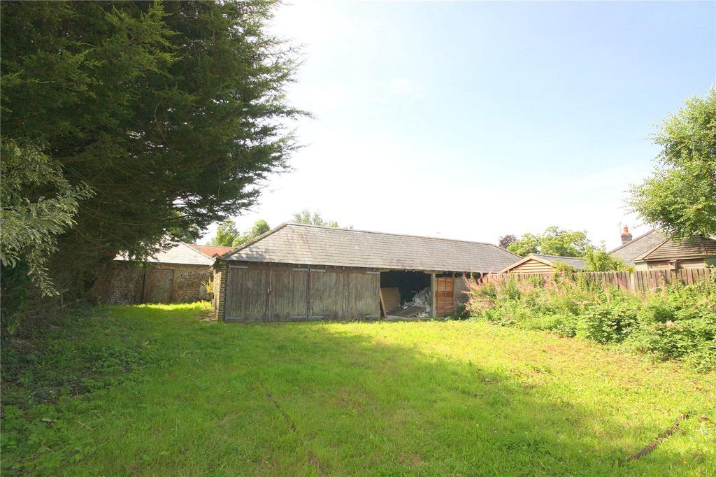 2 Bedrooms Barn Conversion Character Property for sale in Hoe Lane, Flansham, Bognor Regis, West Sussex