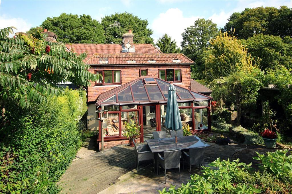 4 Bedrooms Semi Detached House for sale in Parrock Lane Cottages, Parrock Lane, Upper Hartfield, Hartfield