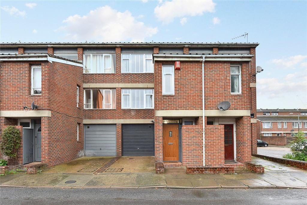 3 Bedrooms Terraced House for sale in Rooke Way, London