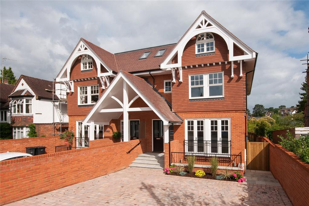 5 Bedrooms House for sale in Knoll Road, Dorking, Surrey, RH4