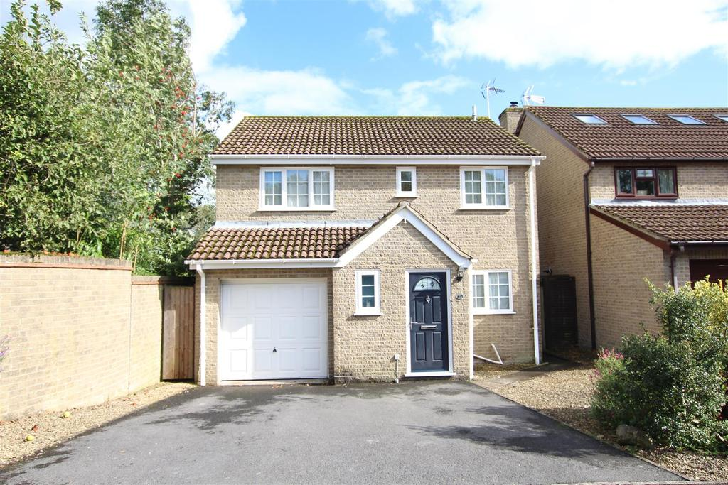 4 Bedrooms Detached House for sale in Angelica Gardens, Horton Heath, Eastleigh