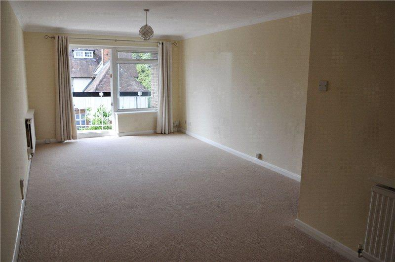 2 Bedrooms Flat for rent in Ridgway, Wimbledon, London, SW19