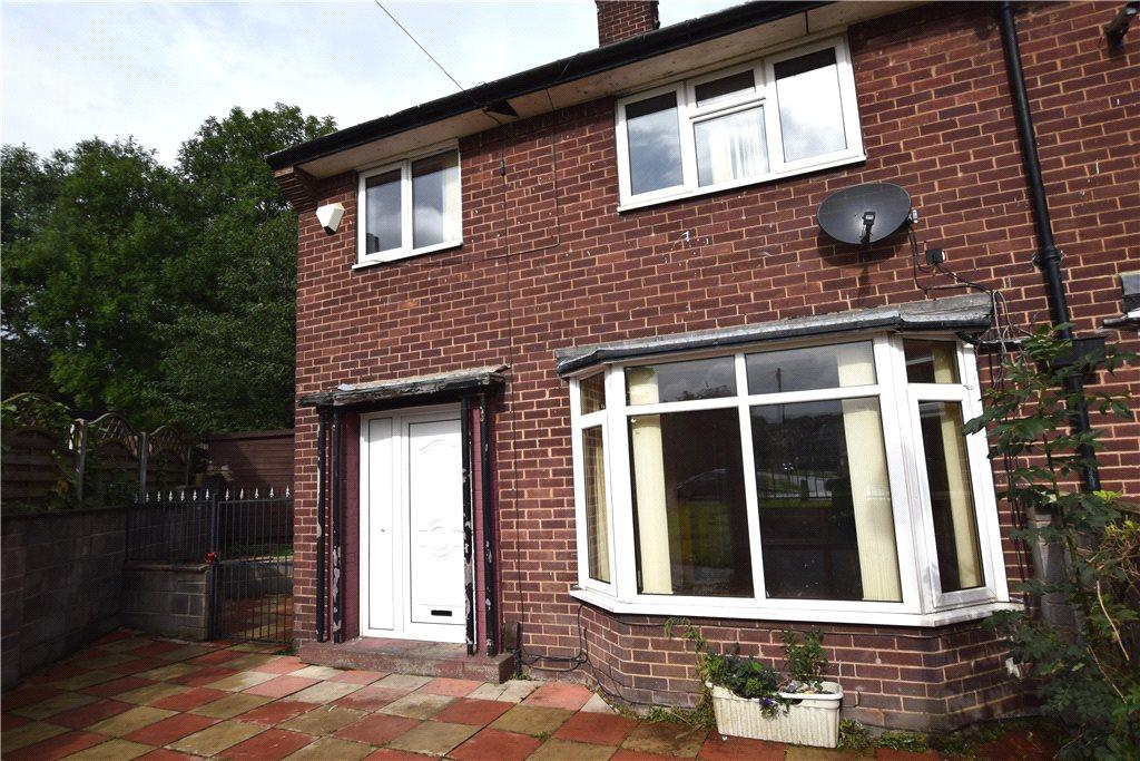 3 Bedrooms Semi Detached House for sale in Tong Walk, Leeds, West Yorkshire