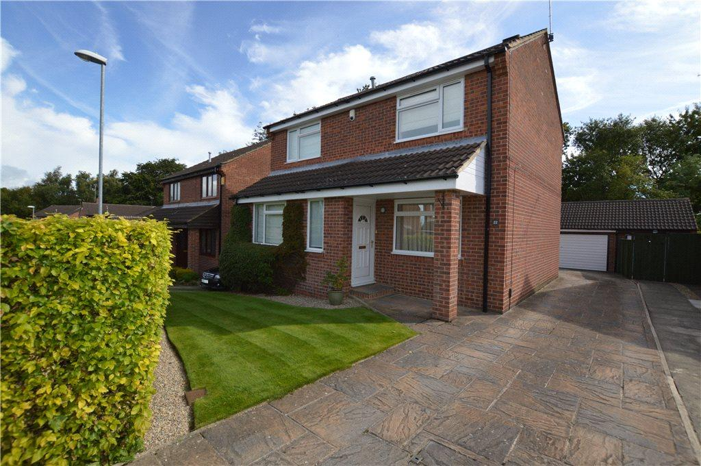 4 Bedrooms Detached House for sale in Plane Tree Avenue, Leeds, West Yorkshire