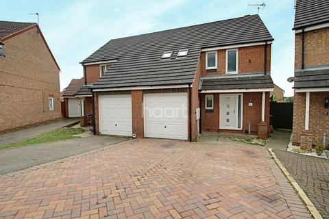 4 bedroom semi-detached house for sale - Darien Way, Thorpe Astley, Leicester