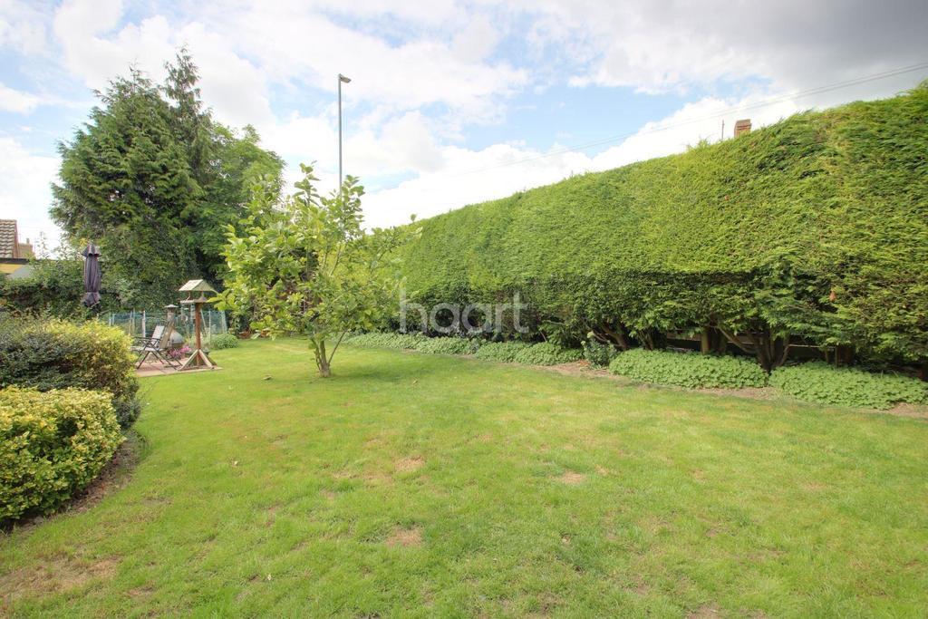 3 Bedrooms Bungalow for sale in Railway Lane North, Sutton Bridge