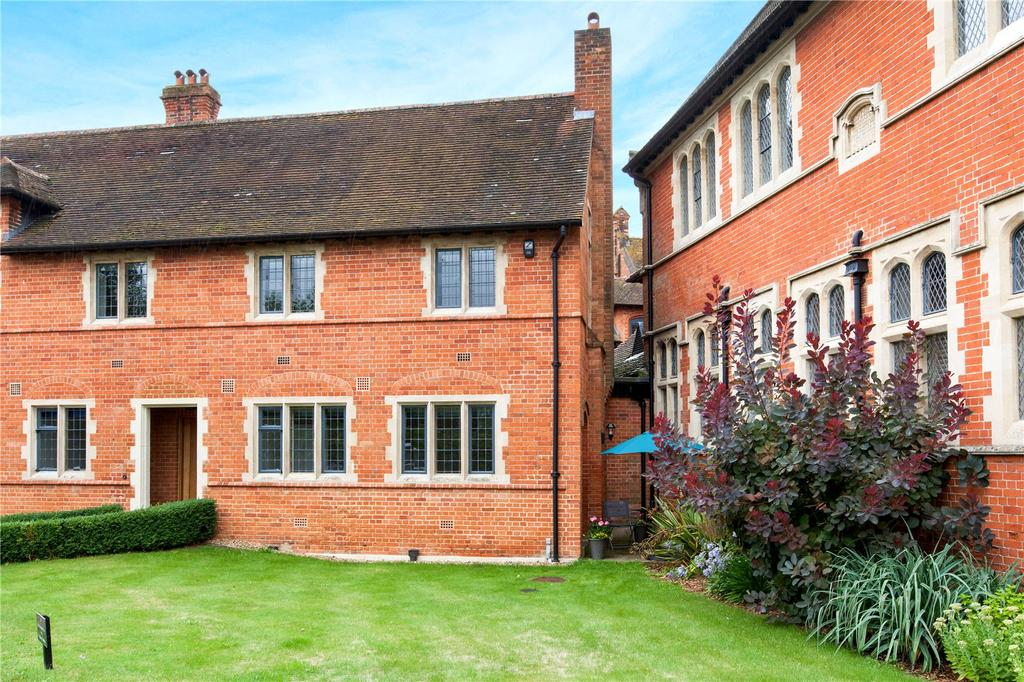 3 Bedrooms Terraced House for sale in Abbey Gardens, Upper Woolhampton, Reading, RG7