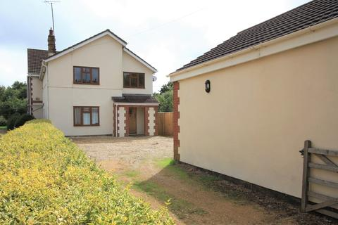 6 bedroom detached house for sale - Highworth